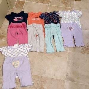Baby girl 5 outfit bundle size 6 to 9 months